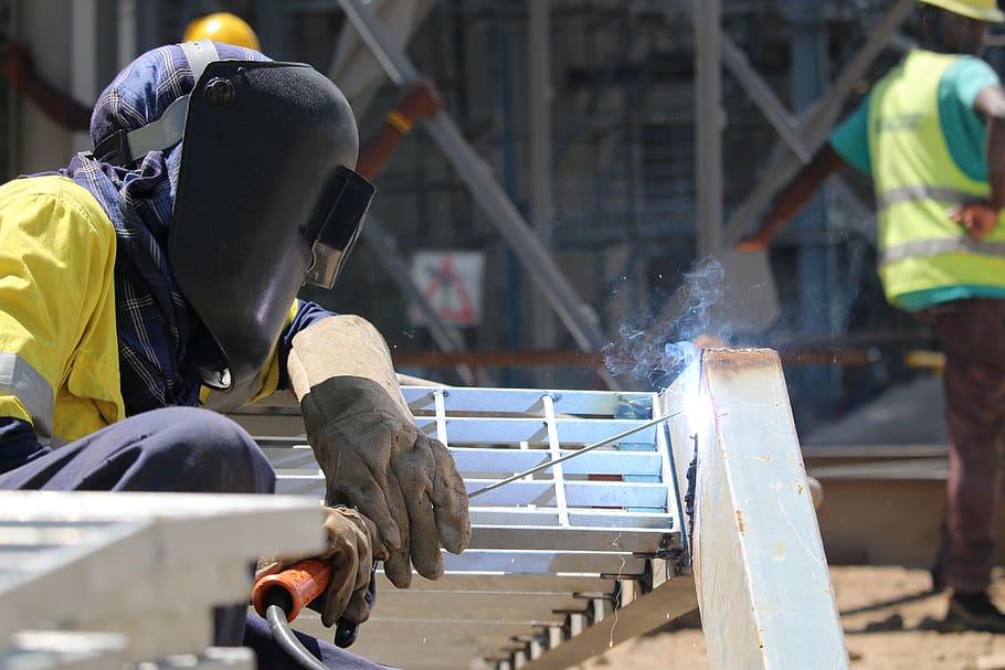 welding-metal-industry-worker-construction-job